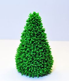 Christmas Tree Tutorial - For all your cake decorating supplies, please visit craftcompany.co.uk