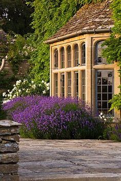 Orangery Porches, Beautiful Buildings, Beautiful Places, Outdoor Spaces, Outdoor Living, Bloom Where Youre Planted, Green Lawn, Garden Structures, Dream Garden