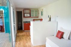 alterra-beach-resort-uses-shipping-containers4 - 2 containers into a 1 bedroom cabin.