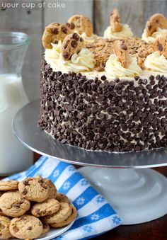 Cookie Dough Cake, this is so easy to make and decorate! Chocolate Chip Cake, Oreo Cake, Chocolate Chip Cookie Dough Cake Recipe, Oreo Brownies, Cookie Butter, Just Desserts, Delicious Desserts, Yummy Food, Sweet Recipes