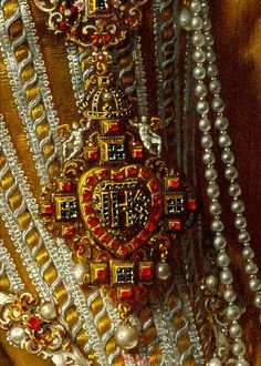 Frans Pourbus the Younger,(1569-1622). Archduchess Maria Magdalena of Austria, c.1603. detail
