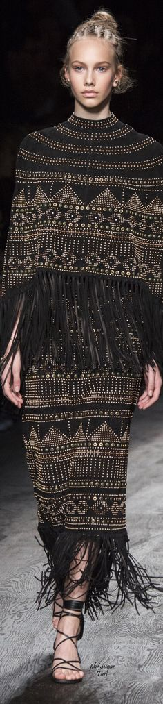 www.cewax aime la mode ethnique, tribale, afro tendance, hippie, boho chic... Valentino Spring 2016 RTW