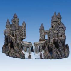Penn Plax Giant Castle Aquarium Decoration - RRW9