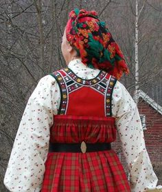 FolkCostume&Embroidery: Bunad and Rosemaling embroidery of Hallingdal…