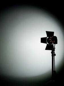 Ammatillinenkoulutus:  TV- tuotannon  MEDIANOMI, Länsi-Lapin ammatti-instituutti  1996-2000;  - - ARTESAANI, Kajaanin Käsi- ja taideteollisuusoppilaitos 1992-1995;  - - Markkinointi MERKONOMI, Kajaanin kauppaoppilaitos 1991 -1994