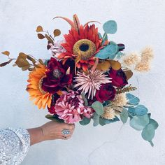 For the Autumn Bride, hold a sculpture of art on your wedding day that becomes perfect decor afterward 🖤🌻🍁 Sunflower Bouquets, Fall Bouquets, Bridal Bouquets, Boho Wedding Bouquet, Wedding Flowers, Floral Photography, Boho Bride, Floral Arrangements, Beautiful Flowers
