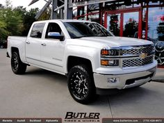 Chevrolet Silverado with 20in Fuel Lethal Wheels by Butler Tires and Wheels in Atlanta GA Chevy Trucks Older, Old Ford Trucks, Chevy Pickup Trucks, Chevrolet Trucks, New Trucks, Future Trucks, Custom Trucks, Silverado Crew Cab, 2014 Chevrolet Silverado 1500