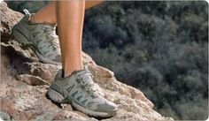 Need New Shoes But Don't Know Where To Start? These Tips Can Help >>> Read more info by clicking the link on the image. Cheap Nike Shoes Online, Nike Shoes For Sale, Nike Shoes Outlet, Hiking Boots Women, Hiking Shoes, Hiking Clothes, Hiking Hair, Trekking Outfit, Tiffany Blue Nikes