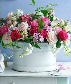 Floral Arrangement ~                                                                                                                                                                                 Mehr