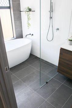 Bathroom Drain, Bathroom Renos, Bathtub, Bathroom Renovations Perth, Linear Drain, Chrome, Standing Bath, Bath Tub, Bathtubs