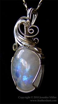 Moonstone.... wow. thats gonna be mine!