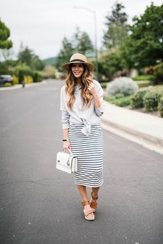The 25+ best Postpartum outfits ideas on Pinterest ...
