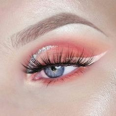 with eye makeup revolution eyeshadow palette nykaa makeup classes eyeshadow huda beauty makeup kit cost makeup for brown eyes tutorial for makeup eyeshadow looks makeup tutorials Cute Makeup Looks, Makeup Eye Looks, Eye Makeup Art, Pretty Makeup, Skin Makeup, Gorgeous Makeup, Eyeliner Makeup, Makeup Goals, Makeup Inspo