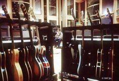 Guitars. Noel Gallagher.