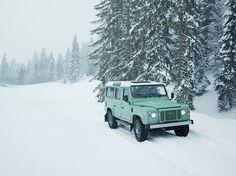 Land Rover Defender Heritage Hue166