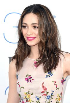 Emmy Rossum Lookbook: Emmy Rossum wearing Long Wavy Cut (27 of 36). Emmy Rossum styled her hair with a center part and barely-there waves for the Film Independent Spirit Awards.