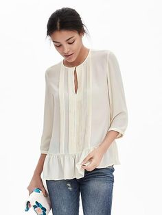 cute. light, loose top. looks like it could go with anything.