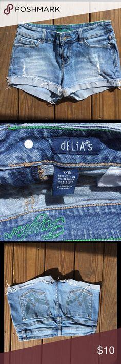 Delia's jeans shorts. Size 7 Delia's jeans shorts. Size 7. Taylor style. Delias Shorts Jean Shorts