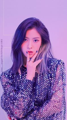 Image uploaded by Find images and videos about kpop, itzy and yuna on We Heart It - the app to get lost in what you love. Kpop Girl Groups, Korean Girl Groups, Kpop Girls, Debut Photoshoot, Korean Princess, Camille, Debut Album, Ulzzang Girl, Nicki Minaj
