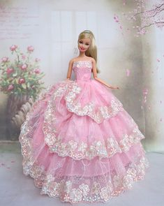 00 Sewing Barbie Clothes, Barbie Sewing Patterns, Doll Dress Patterns, Barbie Wedding Dress, Barbie Gowns, Barbie Dress, Barbie Fashionista Dolls, Barbie Model, Fashion Dolls