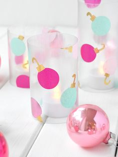 It's time to start decking the halls! if you are a huge fan of recycled crafts. Turn empty plastic bottles into these colorful holiday votives! Recycled Christmas Decorations, Handmade Christmas Decorations, Easy Christmas Crafts, Christmas Centrepieces, A Christmas Story, Kids Christmas, Christmas Colors, Natal Diy, Navidad Diy