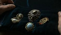 Pins that Henry sends Anne Boleyn to try to win her favor.  The Tudors Costumes - The Tudors Wiki