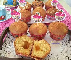 I muffin con le pere e marmellata sono deliziosi e soffici tortini facili da…