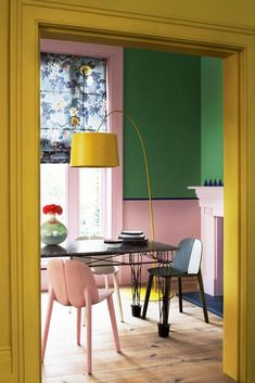 Yellow Green Pink Dining Room / House & Garden / Photo by Mel Yates - colorful interiors Home Interior, Interior And Exterior, Interior Decorating, Decorating Tips, Color Interior, Yellow Interior, Decorating Websites, Colour Blocking Interior, Color Blocking