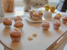Mini cupcake love