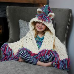 Everyone on Pinterest Is Obsessed With This Magical Unicorn Blanket:  Move over, mermaid blankets, this unicorn throw is taking over.