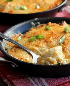 This jumbo lump crab au gratin is decadently amazing. The crab is the star, but beautifully complimented by the Gruyere, cayenne and divine sauce. Crab Dishes, Seafood Dishes, Fish And Seafood, Potato Dishes, Crab Recipes, Cheese Recipes, Cooking Recipes, Potato Recipes, Lump Crab Meat Recipes
