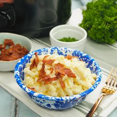 The combination of milk and cheese in this slow cooker recipe cooks down into a delicious creamy macaroni cheese sauce, that's best eaten immediately. An easy slow cooker macaroni cheese recipe - just top with cooked bacon if you like. Slow Cooker Sausage Recipes, Slow Cooker Recipes Dessert, Cooking Recipes, Slow Cooker Recipe Videos, Slow Cooker Pasta, Cooking Videos, Slow Cooking, Macaroni Cheese Recipes, Brownies