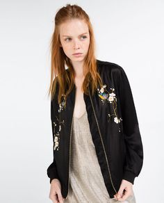 trendy vintage outfits for teens casual floral skirts Vintage Outfits, Vintage Dresses 50s, Vintage Fashion, Vintage Style, Fashion 2017, Fashion Outfits, Embroidered Bomber Jacket, Boucle Jacket, Embroidery
