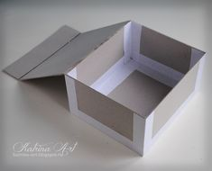 Cardboard Paper, Cardboard Crafts, Paper Crafts, Diy Crafts Videos, Diy Craft Projects, Diy And Crafts, Fabric Covered Boxes, Diy Storage Boxes, Towel Crafts