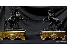 Chevaux de Marly sur socle en marqueterie Boulle époque Napoléon III