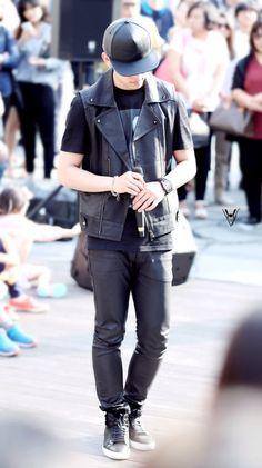 Jung Daehyun Himchan, Youngjae, Jung Daehyun, Bap, Leather Pants, Stylists, Jackets, Fashion, Leather Jogger Pants