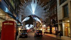 Bond street all Christmassy. London makes for some great shopping. www.bhctours.co.uk London Tours, Bond Street, Fair Grounds, History, Places, Travel, Shopping, Historia, Viajes