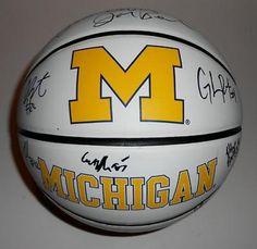 2012-13 Michigan Wolverines Team Signed Logo Basketball - Sports Memorabilia
