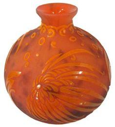 DAUM French Art Deco Cameo Glass