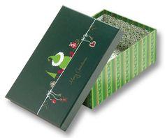 Die dekorativen Pappboxen eignen sich ideal als Geschenkverpackungen und formschöne Aufbewahrung. Es gibt insgesamt zwei verschiedene Sets: Ganzjahr und Weihnachten. Mehr auf www.folia.de