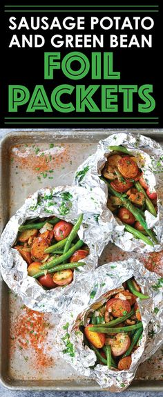 Sausage, Potato and Green Bean Foil Packets - Sausage and veggies packed in easy foil packets. Perfect for camping or a quick dinner! Can be baked/grilled. dinner Sausage, Potato and Green Bean Foil Packets Foil Packet Dinners, Foil Pack Meals, Tin Foil Dinners, Foil Packet Recipes, Food Dinners, Grilling Recipes, Cooking Recipes, Healthy Recipes, Damn Delicious Recipes