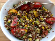 Summer Quinoa Salad with Corn and Fresh Herbs: Quinoa is a great protein source, and it's so easy to incorporate into your meals. It goes well with all #veggies! #summermeals #healthyfood #healthy