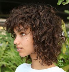 Short Curly Hair Black, Curly Hair Fringe, Curly Hair With Bangs, Haircuts For Curly Hair, Curly Hair Cuts, Curly Hair Styles, Shaggy Curly Hair, Medium Curly, Brazilian Hair Wigs