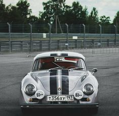 Porsche 356 Outlaw, Porsche Sports Car, Classic Candy, Vintage Racing, Sport Cars, Carrera, Cars And Motorcycles, Planes, Volkswagen