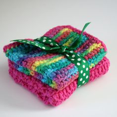 How to Single Crochet + Great Gifts for Beginners! Something I should have learned better from my Mom!
