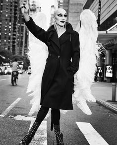 Sasha Velour photographed in NYC by Roger Erickson for Rupaul Drag Race Winners, Rupaul Drag Queen, Celebrity Travel, Celebrity Guys, Club Kids, Poses, Mode Inspiration, Amazing Women, My Girl