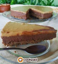 #Απολαυστικό #σοκολατένιο #τσιζκέικ με #φυστικοβούτυρο! #συνταγές #γλυκό #recipes #cheesecake #peanutbutter #chocolate  Cheesecake, Cakes, Desserts, Food, Cheesecake Cake, Tailgate Desserts, Deserts, Cheesecakes, Essen