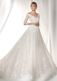 e3b0cc0a20d73 Wedding Dress Inspiration - Nicole Spose. 花嫁新郎豪華なウェディングドレス ...