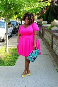 I love that dress! I want one!