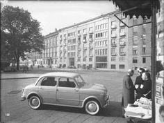 M<3 Milano piazza Sant'Ambrogio, 1954 ca.; Biblioteca Nazionale Braidense | Foto Studio Sommariva | Milan